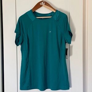 NWT Old Navy Active Workout Tee